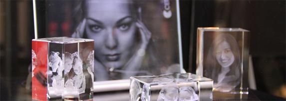 Лазерная гравировка в стекле, фотографии в стекле